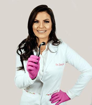 Dra Karen Goulart - microagulhamento