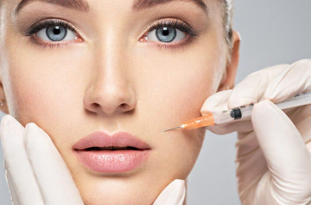 Aplicação de botox na face
