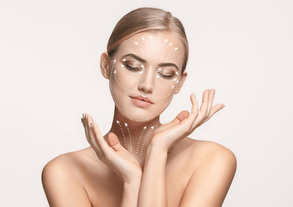 Lifting facial com fios de sustentação